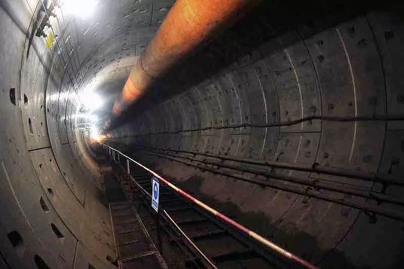 国内首次!长沙地铁3号线顺利完成下穿既有运营高铁隧道