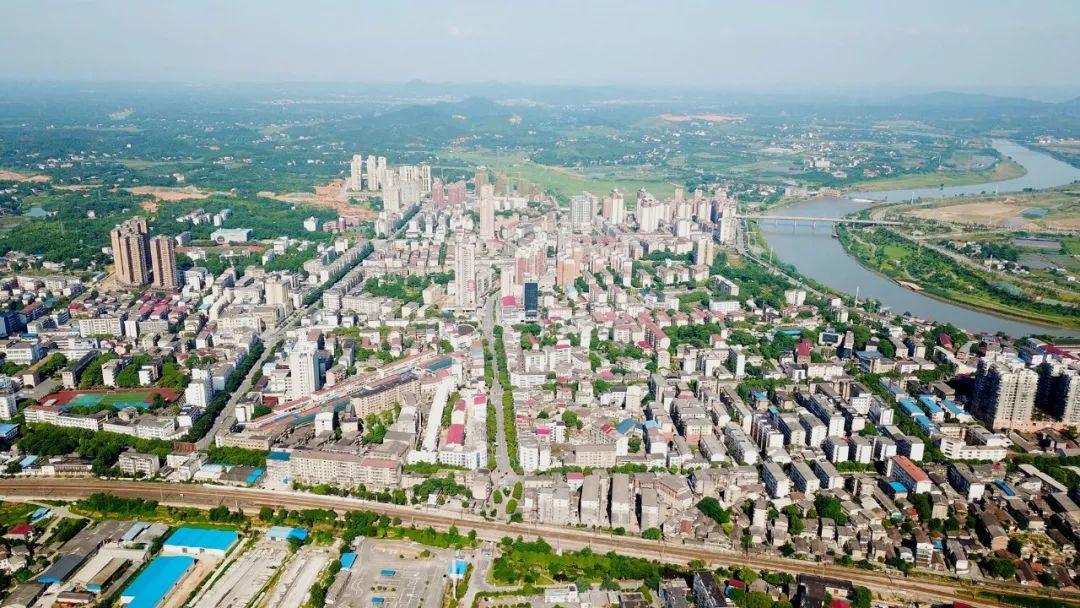 1—4月,全市实现社会消费品零售总额348.7亿【要闻速览】